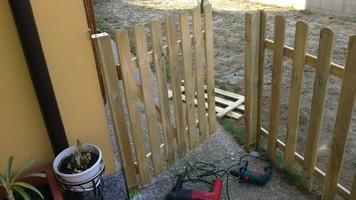 Lavorazione del legno teotuttofare la casa un bene - Scaffalature in legno ikea ...
